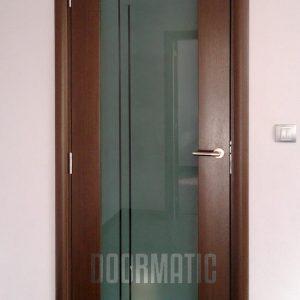 Фурнирована интериорна врата F-012