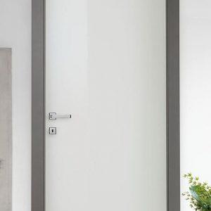 Лакирана интериорна врата L-013