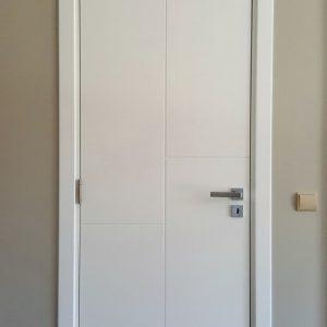 Лакирана интериорна врата L-015