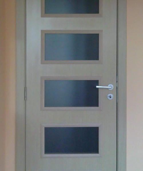 Ламинирана интериорна врата LA-003