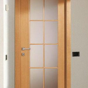 Фурнирована интериорна врата F-013
