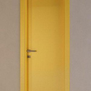 Лакирана интериорна врата L-009